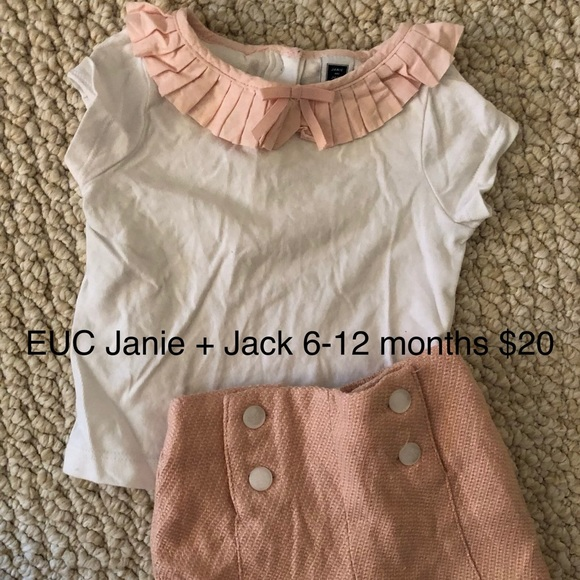 Janie and Jack Other - Janie and Jack light pink ruffle tee + shorts set